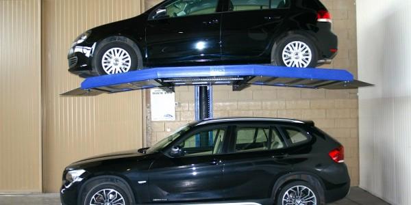 Mod MCL Raddoppiatore DUO BOX Mod. MCL sistema per parcheggio auto senza fossa a comando elettrico con movimentazioni oleodinamiche a due posti sovrapposti inseribile in qualsiasi ambiente senza alcun bisogno di opere murarie.